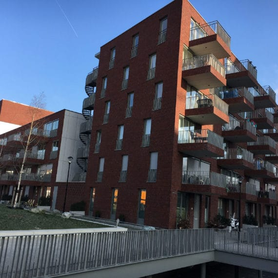 Straatman-15009-Villa-Industria-Hilversum-(1)-Special-hoeklijnen-hekwerk