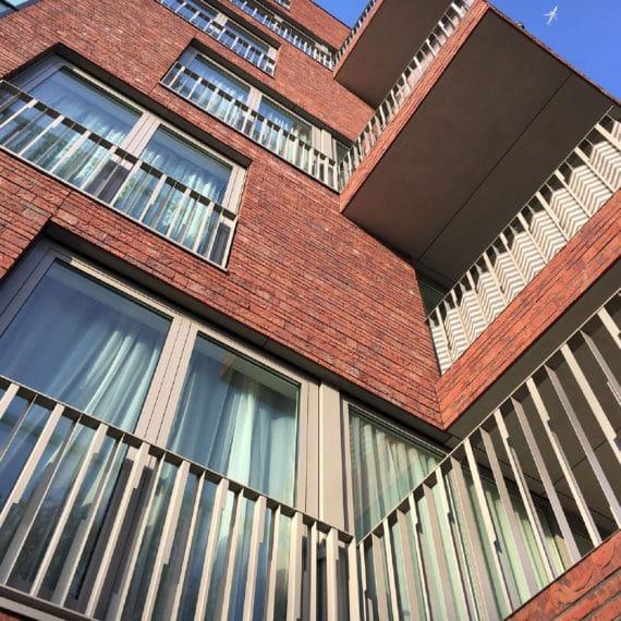 Straatman-15009-Villa-Industria-Hilversum-(2)-fransbalkon