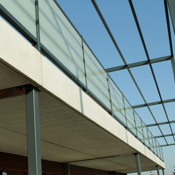 Straatman-15066-De-Vluchtheuvel-Bleiswijk-(12)-Glasbalustrade