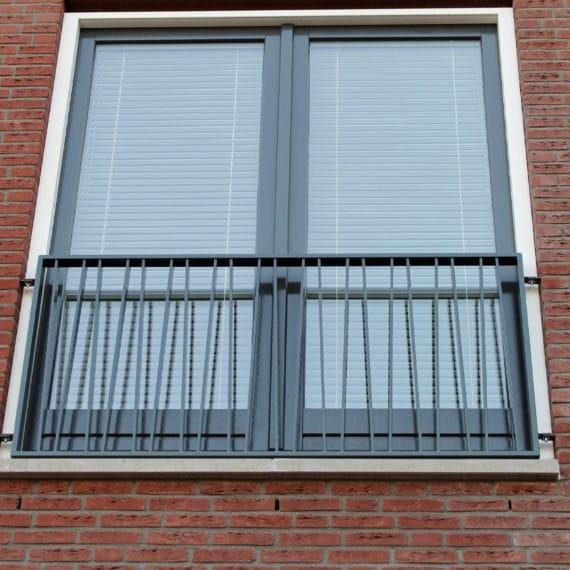 Straatman-15066-De-Vluchtheuvel-Bleiswijk-(14)-Special-franse-lamellenbalustrade