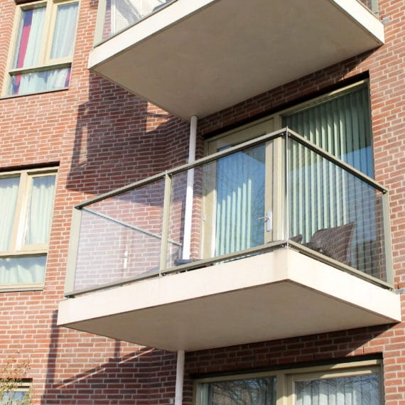 Straatman-Eendrachtsparkbuurt-Amsterdam-(6)-Glasbalustrade